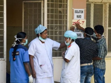 Donate Masks and Sanitisers to 5000 Healthcare Workers of India