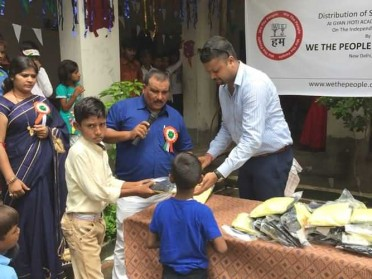 Support Anand To Provide School Uniform To 5000 Poor Children
