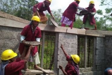 Brick by Brick, These Construction Workers are Selling their Sweat to build our Dream Home!
